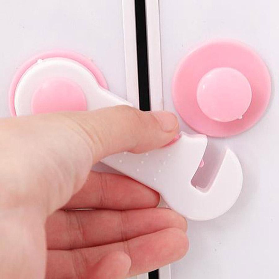 Home Baby Kind Kunststoff Einfache Sperre Verwenden Schutz Kinderschubladentüren Schlösser Kindersicherheits Blau Kühlschranktürschlösser TQQ BH0918