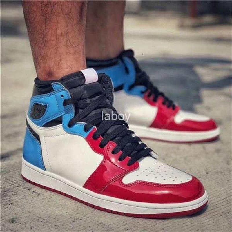 des chaussures OG Siyah Kırmızı Mavi Klasik Yüksek Korkusuz 1 Erkek basketbol ayakkabıları 1s UNC Chicago Spor Sneakers Rugan Zapatos