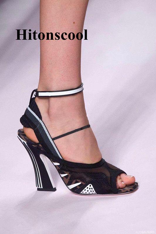 2019 Nouveau Designer Femmes Gladiator bride à la cheville pompes ouvert Toe élégant talon haut Chaussures en daim Stilettos Chaussures femme sexy Pompes T200811