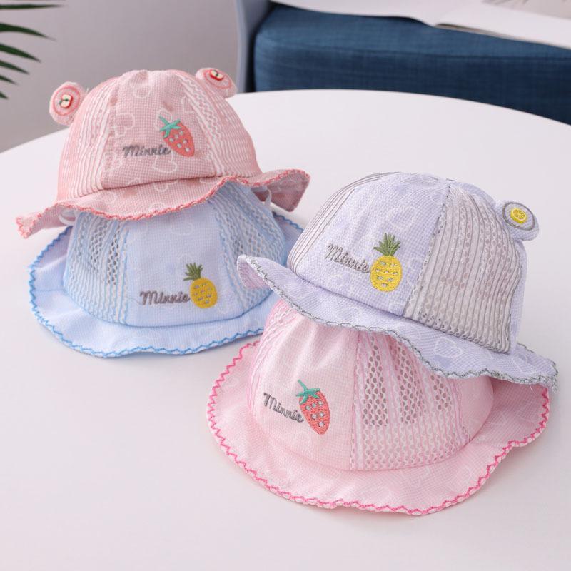 2020 Bébé garçon et fille chapeaux lettres Anglais enfants chapeau net fruit broderie 6-18 mois bébé seau pêcheur tuques chapeau