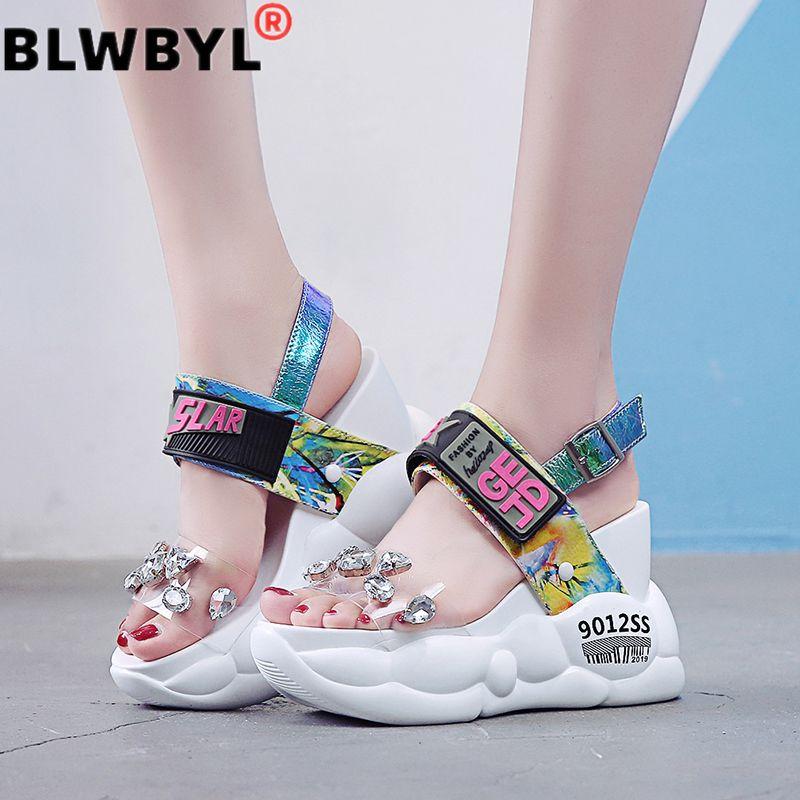 2020 여름 여성 샌들 패션 투명한 다이아몬드 웨지 샌들 라인 석 하이힐 chunky 플랫폼 신발 여자