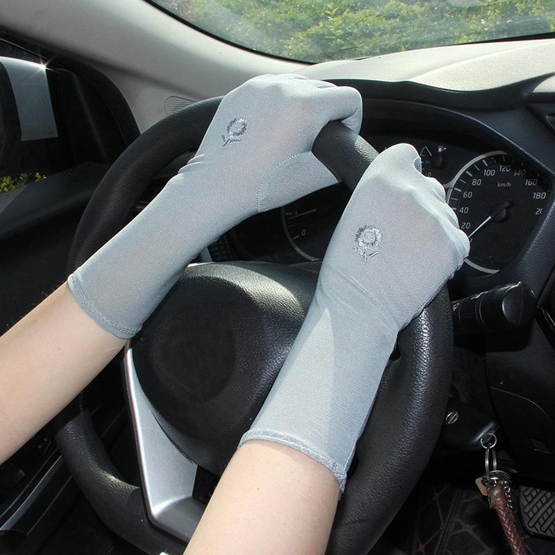 Женской Середина лето длинного Thin дышащих Солнцезащитных втулки Перчатка Женщина Stretch цветок вышивка Anti UV скольжение вождения перчатка