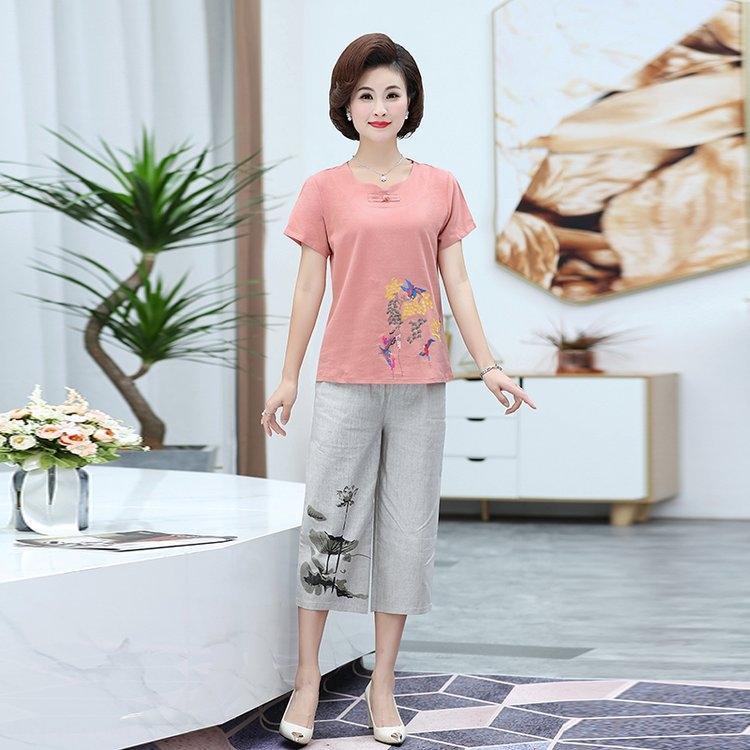 WHoPs Orta yaşlı ve yaşlı kadınların yaz t-shirt pamuk keten takım elbise 40-50 gevşek büyük boy pamuk ve keten kısa kollu tişört Capri pa