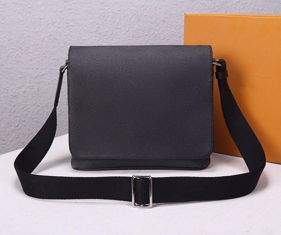 Men bags new arrival famous Brand Classic designer fashion Men messenger bags cross body bag school bookbag 44000