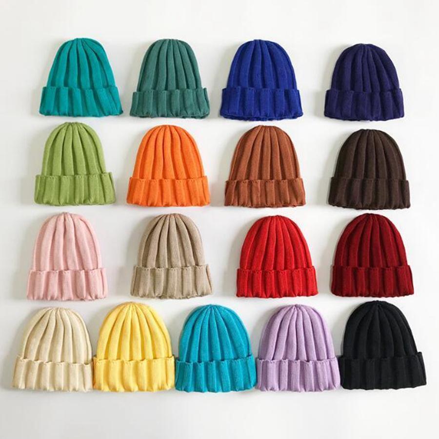 Miúdo chapéus feitos malha da cor dos doces Rapazes Meninas Moda soltas de malha Chapéus de lã 17 cores Crianças Inverno Beanie Caps DDA453
