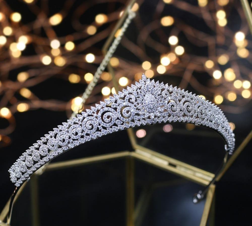 2018 La nouvelle conception de mariage Diadèmes Headpiece nuptiale mariée cheveux Bijoux Reine Couronnes Tocado Novia mariage cheveux Accessories77