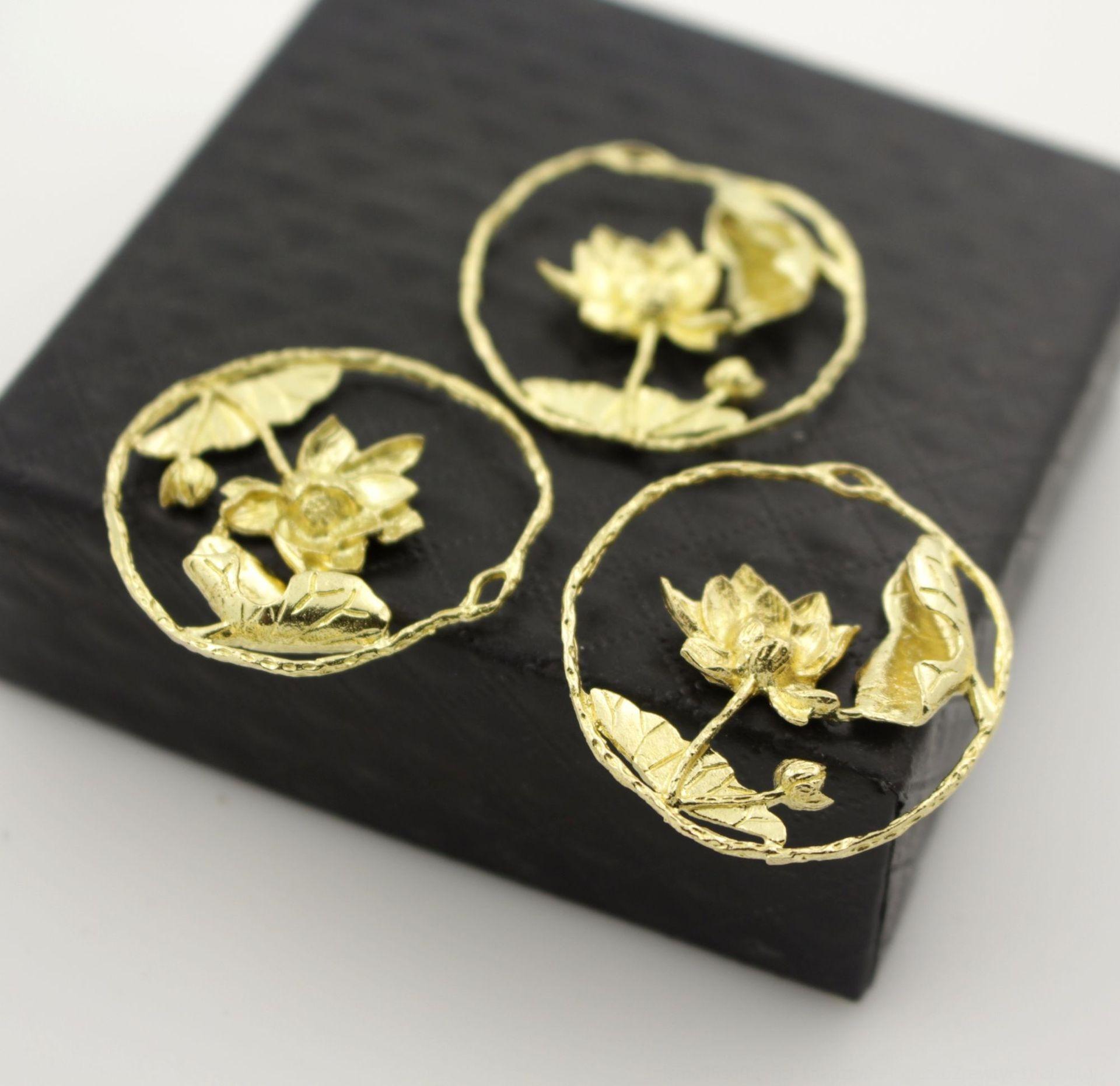 3vD2A bricolage bijoux anciens 32 * 32mm Lotus Pendentif bricolage Accessoires matériel en épingle à cheveux pendentif de lotus