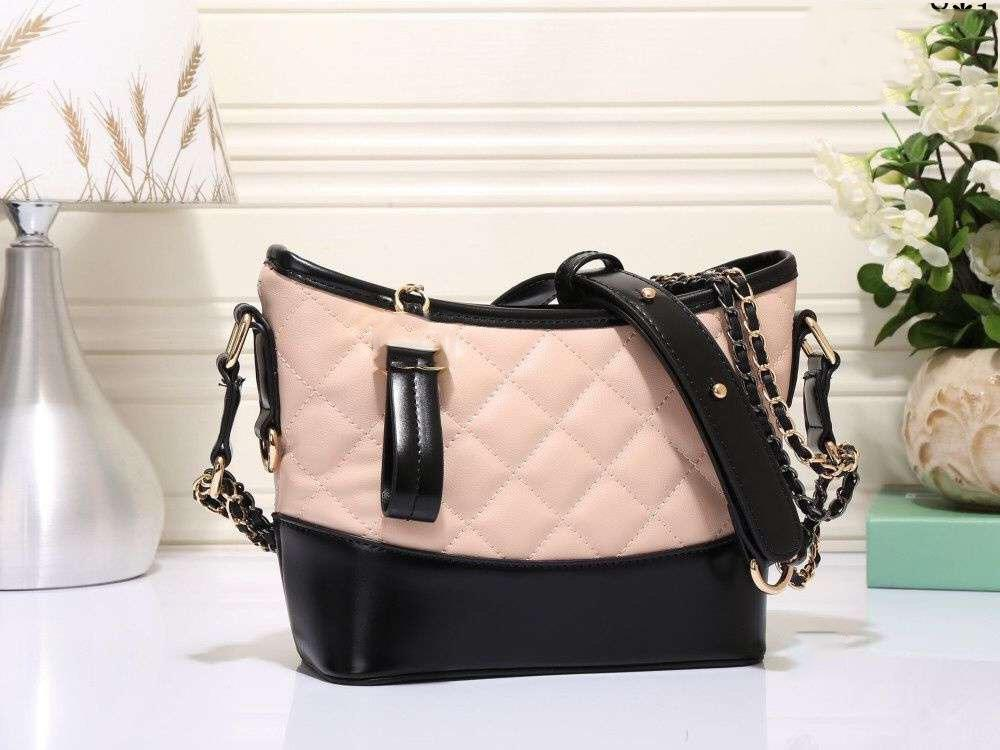 HOT Women handbags designer shoulder bags fashion handbags Channel women bag chain bag crossbody Purse Handbag patent leather handbag 259d4