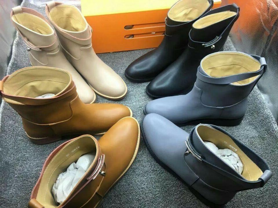 Otoño Invierno Europa Hebillas Kelly Boot Real Leather Womens Luxury Flat Toble Chelsea Martin Botas Negro Marrón Gris Gran tamaño 41 42