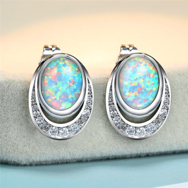 Luxus Weibliche White Opal Stein Ohrringe Niedlich Silber Farbe Bolzen-Ohrringe Weinlese-Höhle Oval Hochzeit für Frauen