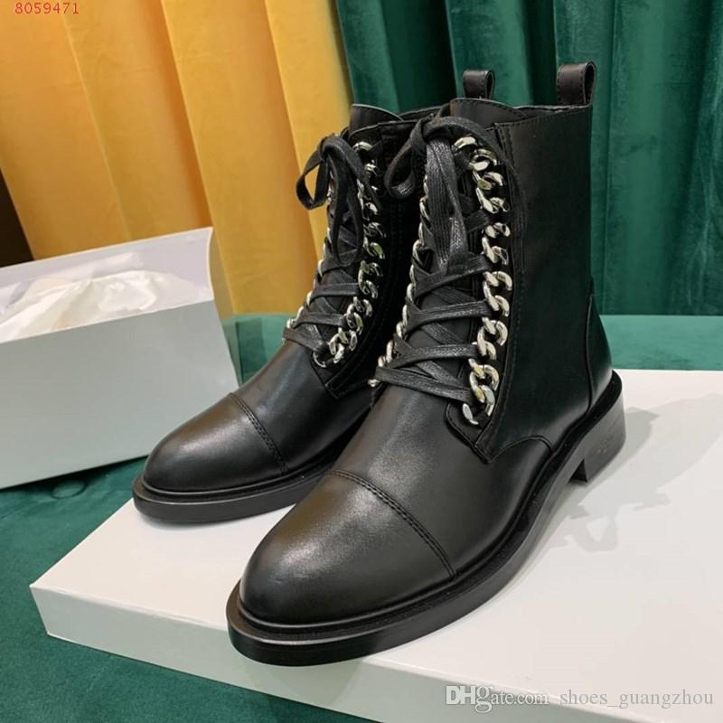 Yeni yüksek kalite Kadınlar ayakkabı tasarımcısı Martin Desert Boot deri madalya kaba kaymaz kadınlar kış botları Ekonomik Markalı Ayakkabı