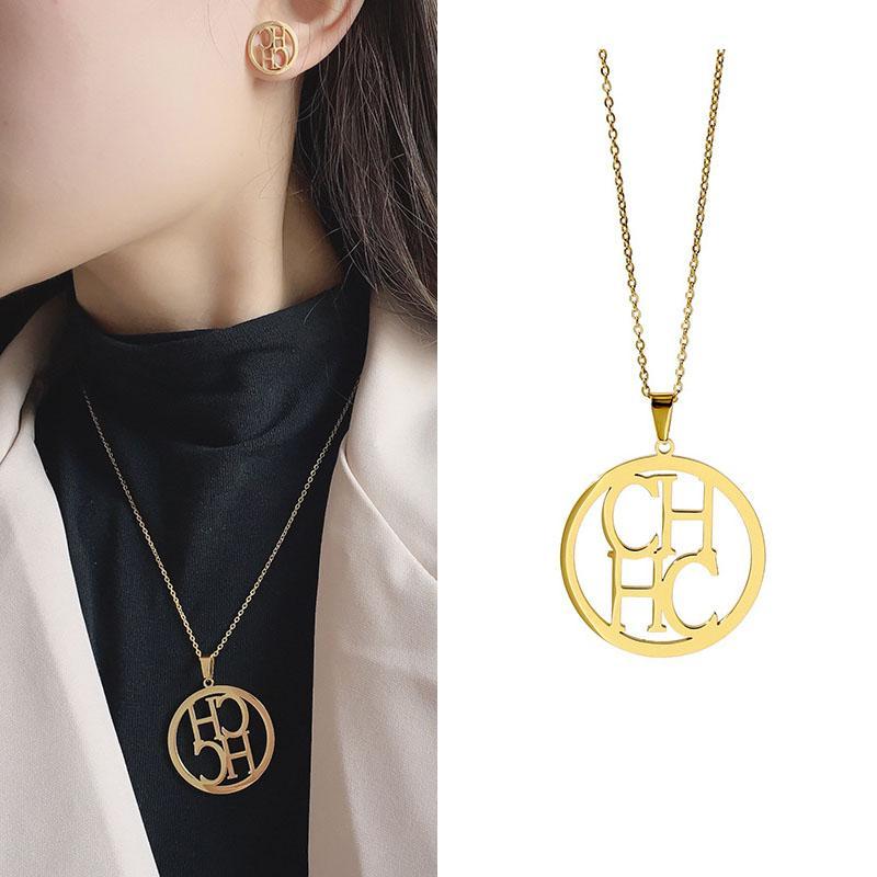 Hot alimentation de haute qualité ajourées CH Linked Conception ronde collier pendentif pour les femmes Bijoux pour hommes en acier