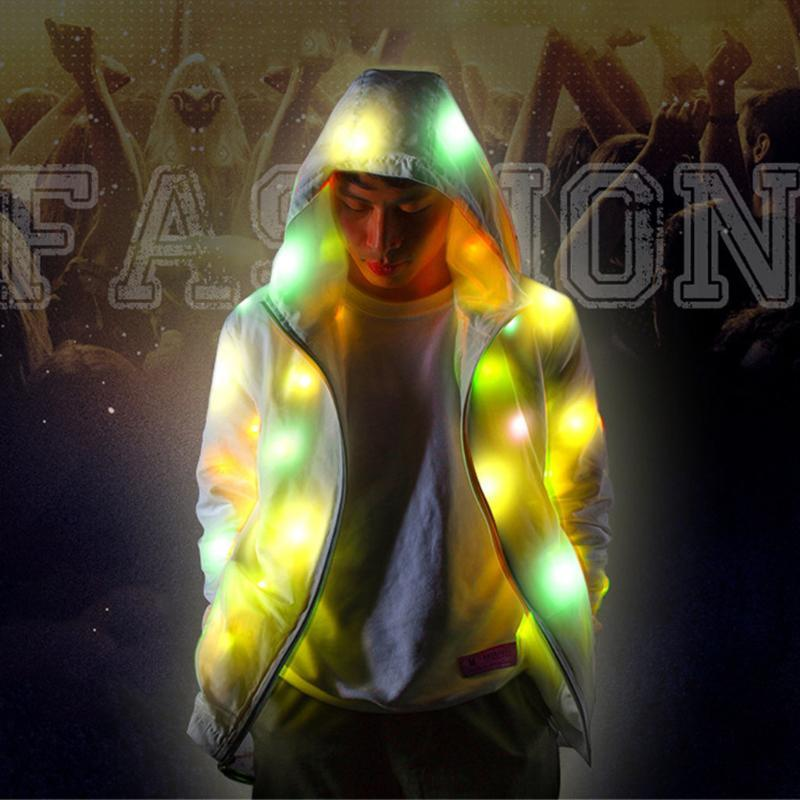 Hip Hop chaleco reflectante Hombres Mujeres Trench 2020 Noche brillante hombres y mujeres chaqueta de bombardero luminoso Ropa con capucha Trench