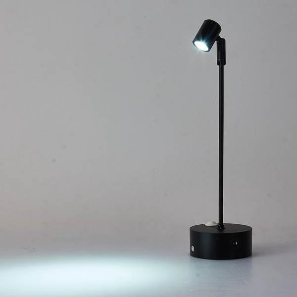 Qualità LED messa a fuoco regolabile display Spotlight 3W con batteria al litio ricaricabile 10h Ogni corpo nero Charge
