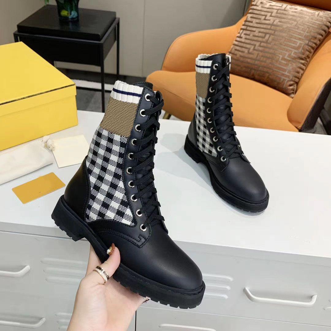 Automne Hiver 2021 Fashion Design Oreo mi-longue stretch Chaussures Femmes Outsoor Chaussures Casual Réchauffez Ladies Lace Chaussettes Martin Chaussures Bottes 35 ~ 41