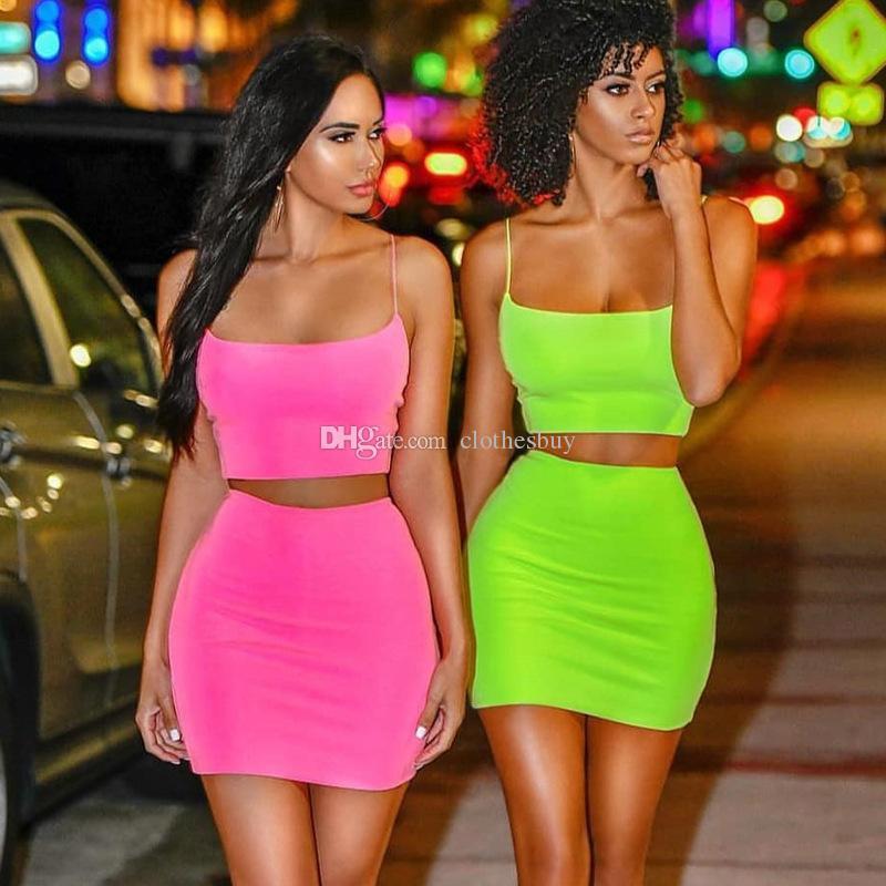 Sommer Frauen 2 Zwei Stück Kleid Kleidung Fluoreszierende Ärmellose Weste Tank Crop Top Mini Röcke Outfits Sets Streetwear Nachtclub Kleidung