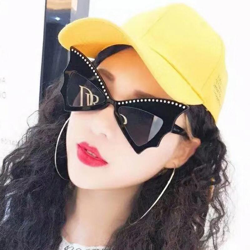 Marca Classic Glass Ojo Gafas de sol 2020 Diseño de remaches Mujeres Mercaduras Gafas Gato Sol Mujer Marco Vintage Gran Moda UV400 IERDC