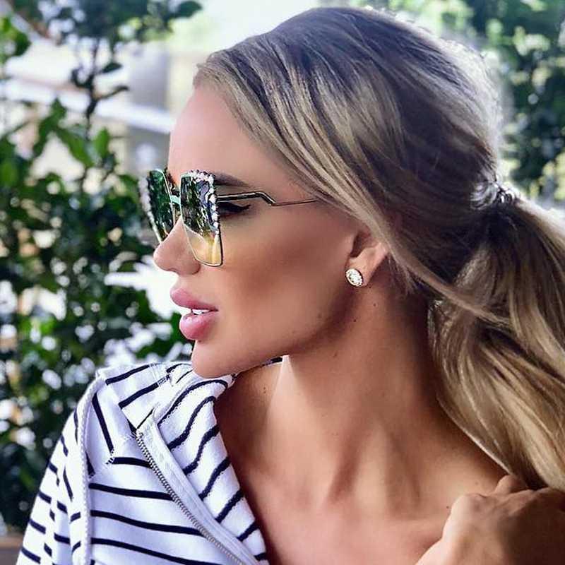 Gafas de sol de sol nueva moda 2020 qpeclou mujeres mujer diseñador de lujo perla vintage gafas espejo colorido tonos cuadrados WBJR