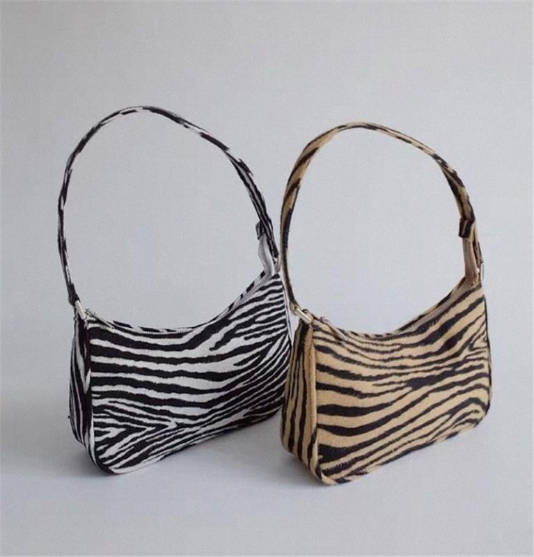 Bayan Moda Vintage Zebra Desen Zarif Çanta Metal Toka Mini Baget Çanta Omuz Çantası Crossbody OWun #