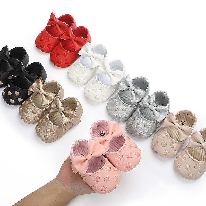 deri su geçirmez bebek ayakkabıları mokasen yumuşak taban bebek yürüteç yenidoğan PU 0-18M Bir Kalp Bebeğim ayakkabı