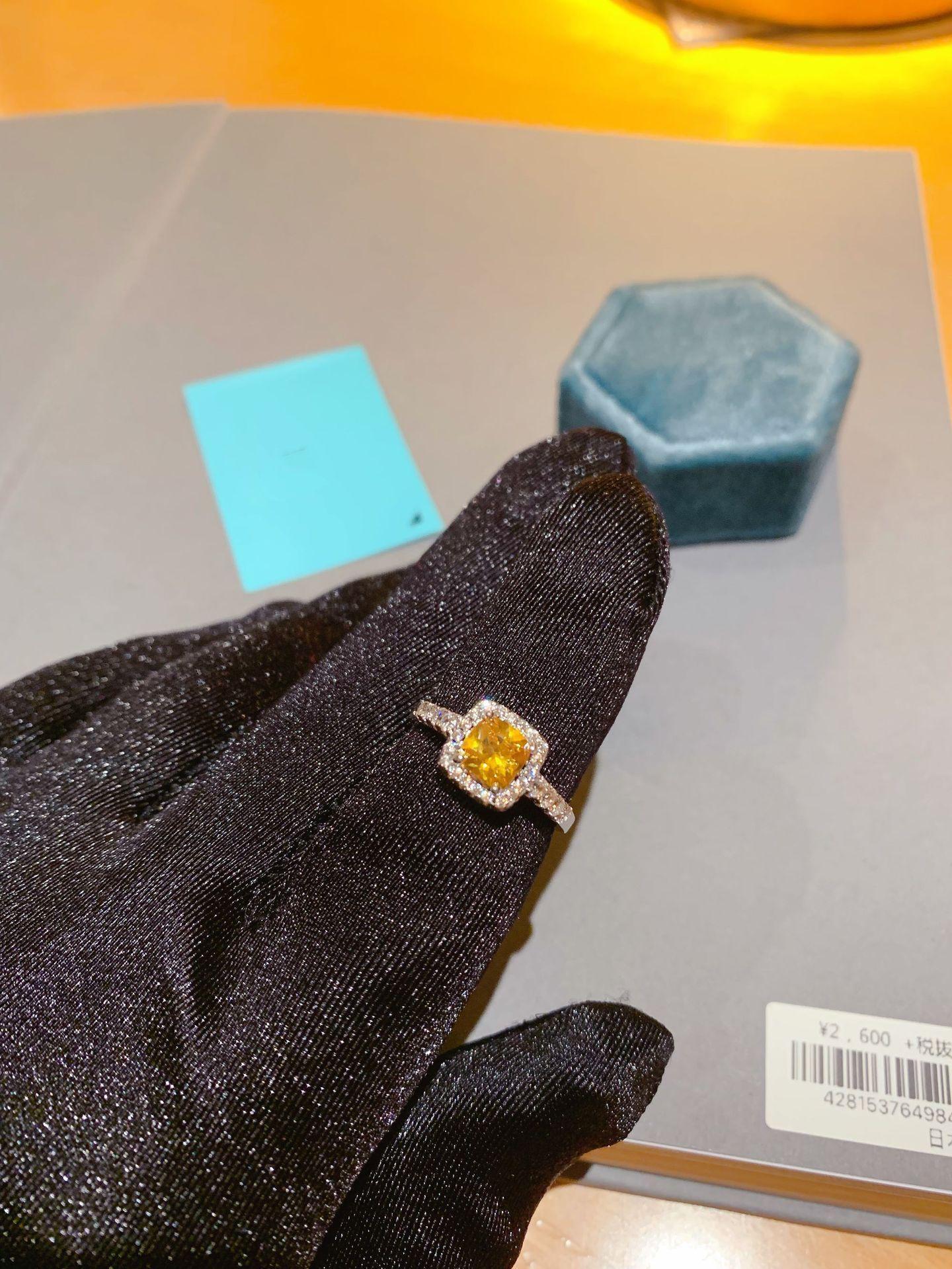 Mossane diamant anneau de mariage Femmes Manuel Diamond Rings Jaune
