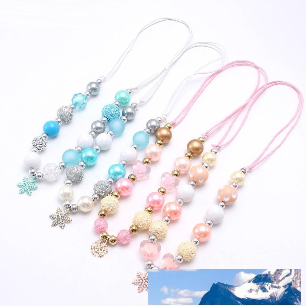Collana affascinante delle ragazze del pendente del fiocco di neve blu / rosa della collana di ribalta del foglio di perline del bambino della perla del bambino della perla del bambino