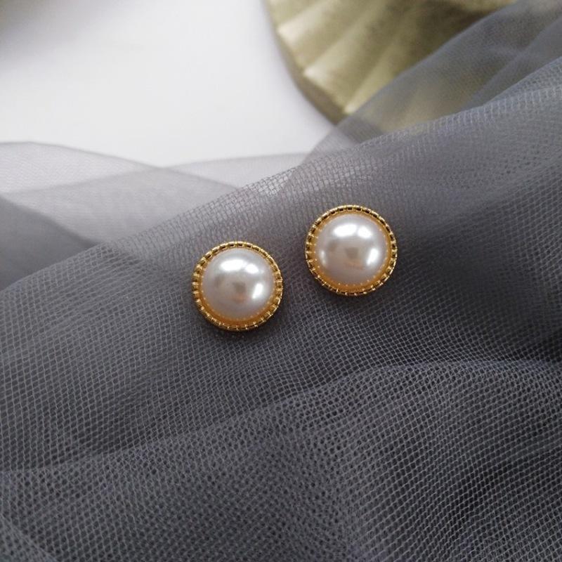 Estilo francês temperamento pérola simples imitação Rodada brincos coreano Moda menina mulheres doces jóias ouvido Acessórios Clipe