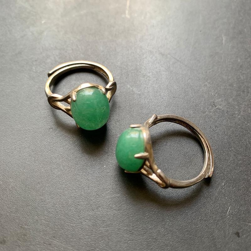 Природный зеленый авантюрин САВ Каменные шары Кольца Женщины Девушки Open Adjustale Ring Silver-Plated цвет кольца Свободный размер 1шт