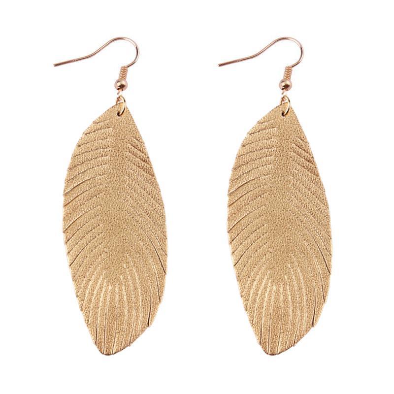 ZWPON 2020 الجديدة الريشة 100٪ لينة أقراط جلد طبيعي للجلد النساء أزياء الصيف ورقة أقراط الذهب الإعلان