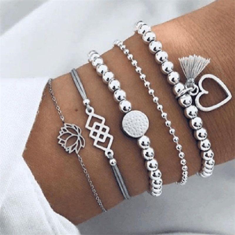 cmoonry 5Pcs / Set Vintage-Silber-Farben-Böhmen Schmuck Mode Lotus-Herz-Korn-Charme-Armbänder für Frauen-Mädchen-Geburtstags-Geschenk