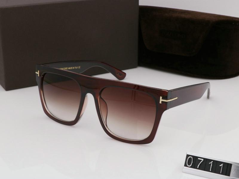 2021 Yeni En Kaliteli Moda Güneş Gözlüğü Adam Kadın Için Rahat Gözlük Tasarımcı Marka Sun Gözlük Lensleri ile Kutusu 0711 Sıcak Satmak Freeshipping