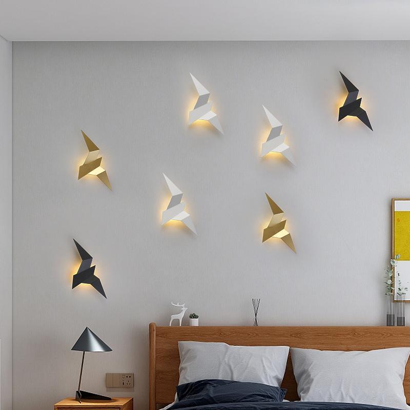 Lámpara de pared diseño creativo esquina de la pared apliques de luz LED accesorios de hierro decoración del arte flexibles luces del dormitorio lámpara del pájaro