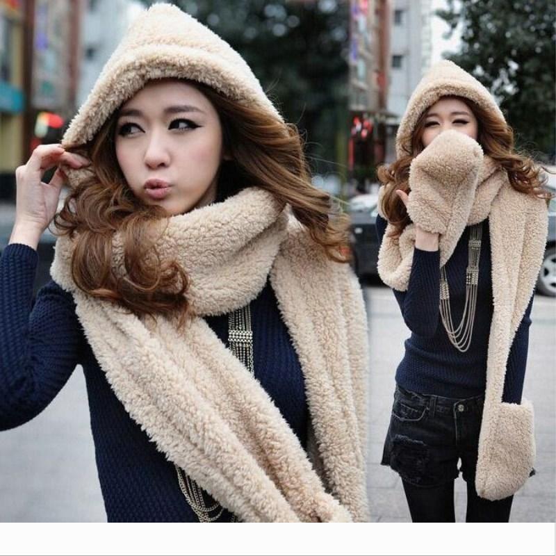 Designer 2020 Frauen Lange Hut Schal Mütze Hand warm halten Stück Mode-Handschuh mit Kapuze Pelz-Schal-Kragen-Winter-nette Geschenk-Plüsch-Verpackungs-St
