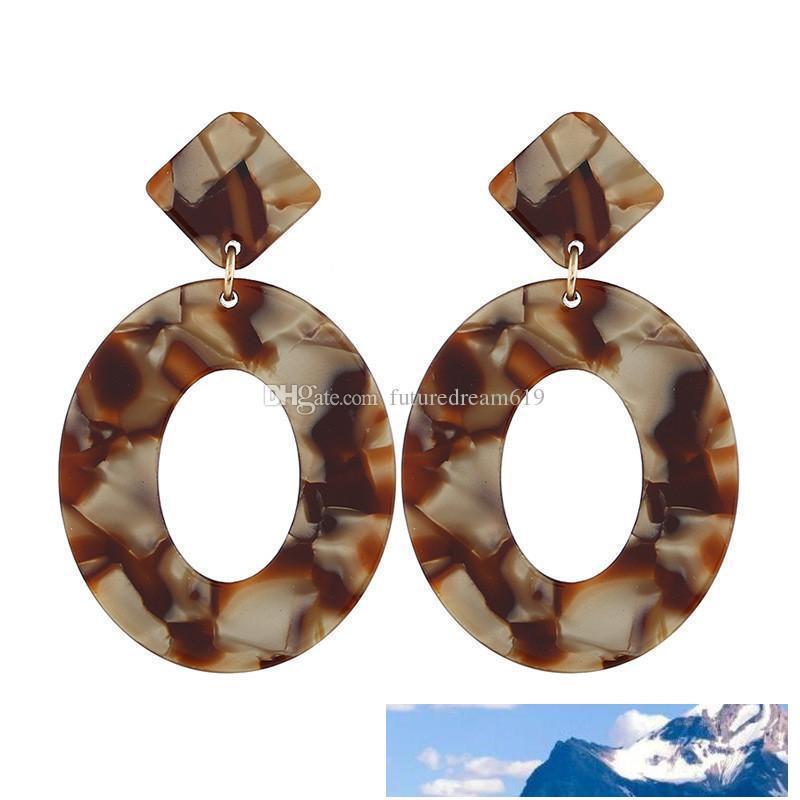 New Fashion Punk jóias simples Resina Acrílica Oval Dangle brincos para Mulheres Meninas presentes geométricos Big Círculo Gota Brinco 2 cores