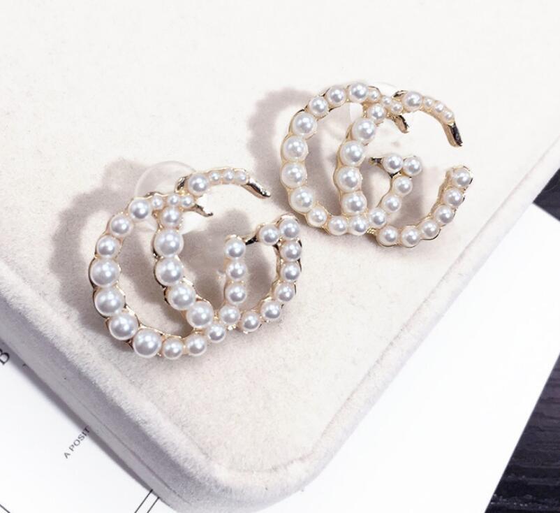 Nuovo progettista Lettera orecchini per le donne Moda Bling Bling Orecchino 925 Gifts aghi d