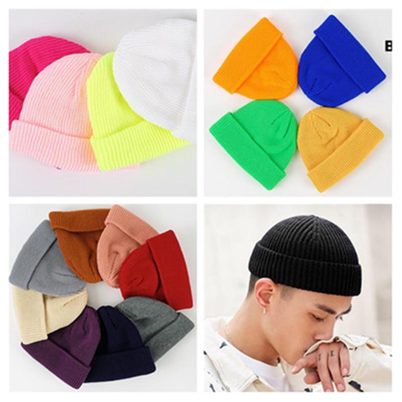 20 couleurs femmes hommes slouch beanie hiver hiver chapeau de crâne tricoté chapeaux Capuchy couleur amoureux adolescents casque casque casque solide toque skullcaps ly9141