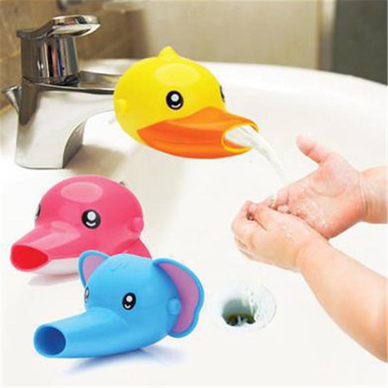 1PCS Banho bonito dos desenhos animados torneira da pia Extender Para Kid Crianças Kid Lavar as Mãos Acessórios para a banheira Set 3 cores wh0213
