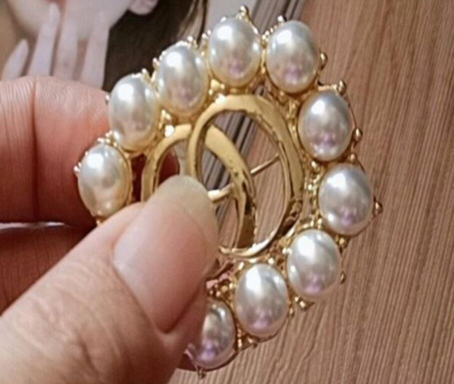 3Pcs Pearl Floral Crystal Brooch Rhoudium Pearl Flower Pins and Brooches for Women Wedding Bridal Corsage Decoration