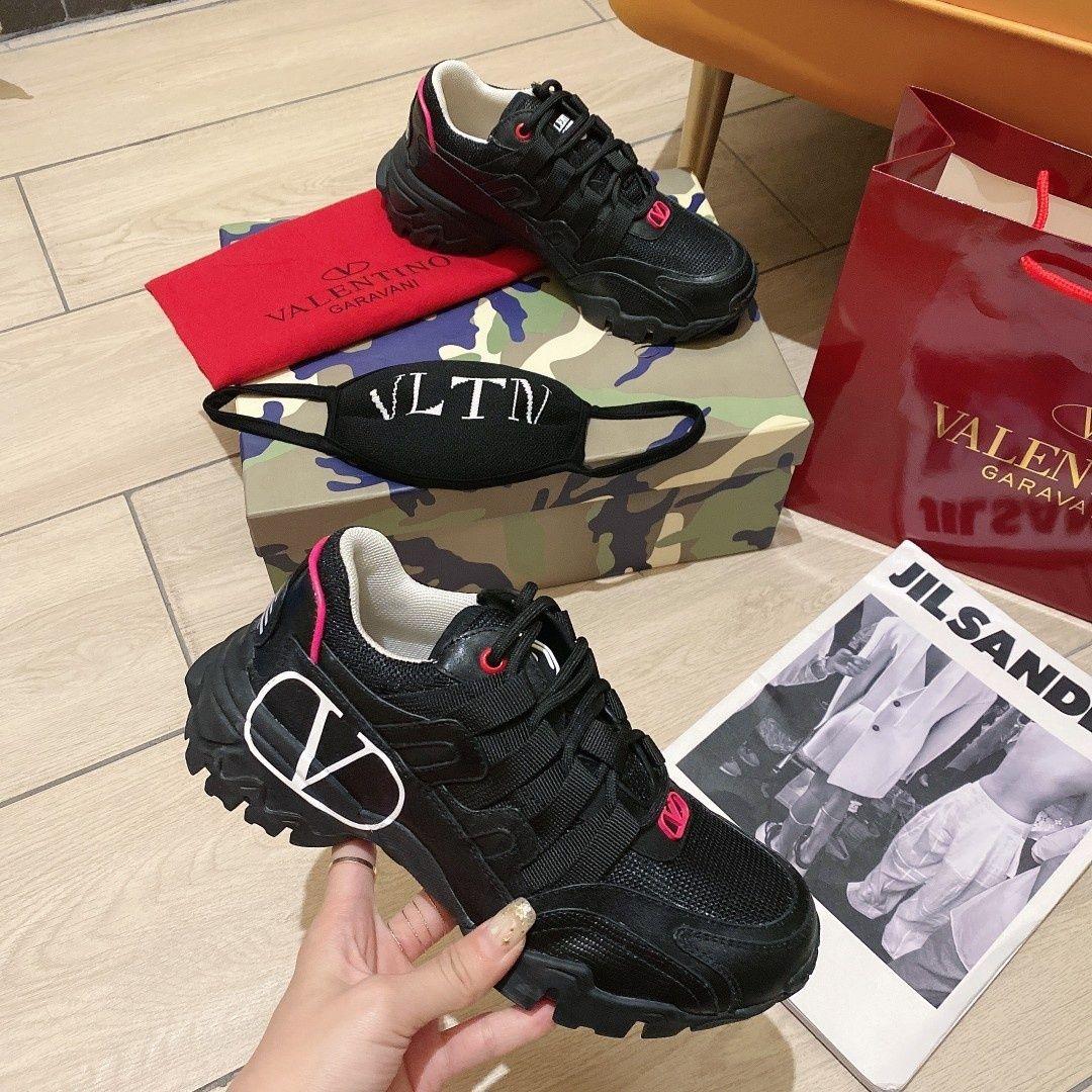 2020SS Frauen Trainer zapatillas de deporte de lujo para hombre Lederoberflächengestaltung Joggen Gehen Plattform Turnschuhe näht