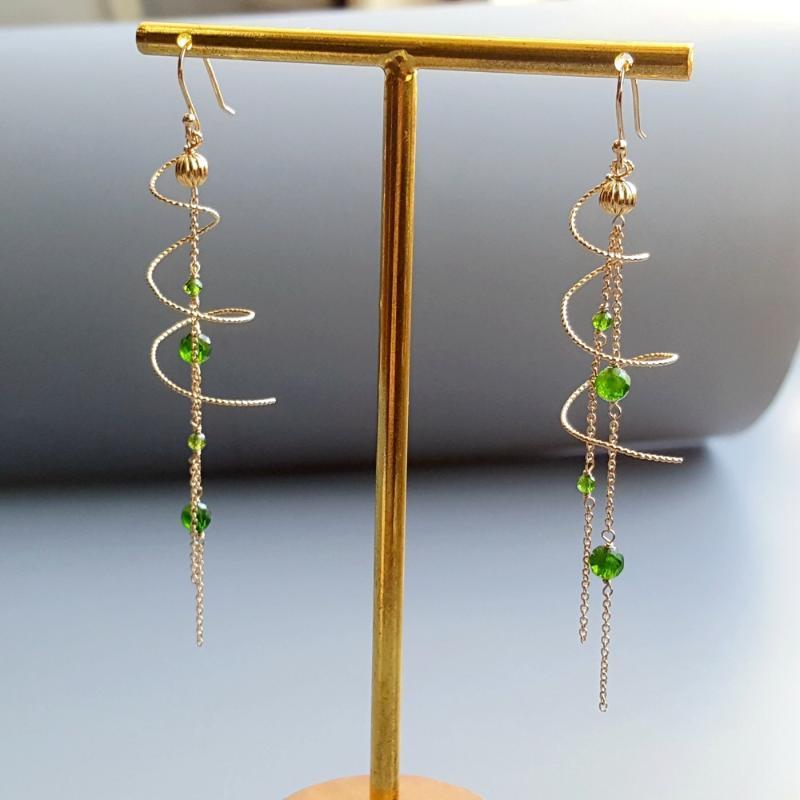 Lü Ji Original Diopside Spiral Ohrringe 925 Sterling Silber Handmade Tropfen Link-Ohrringe empfindliche Schmucksachen für Frauen Geschenk