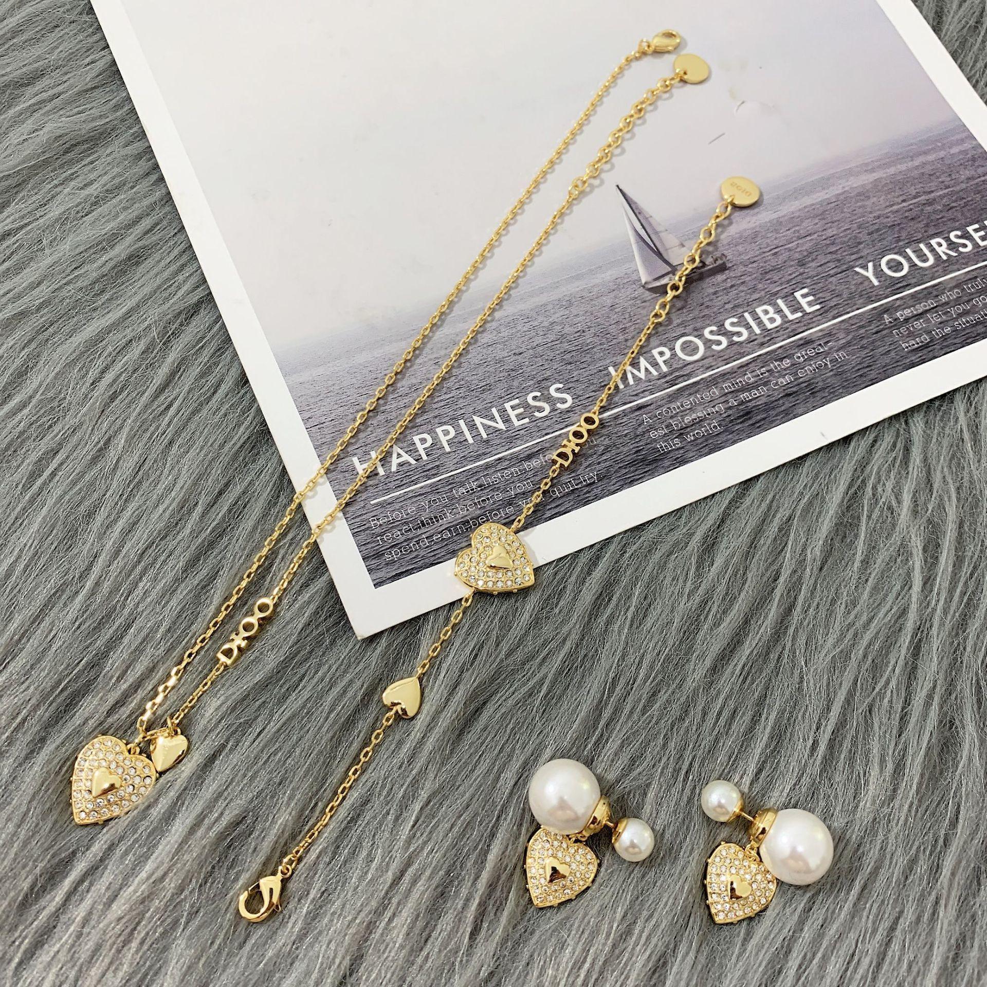 D Famiglia 2020 Nuovo collana di diamante full love femminile dijia internet celebrità braccialetto amore perla argento orecchini ago