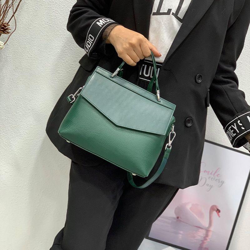 Nova 2020 Mulheres Casual Tote bolsa 100% couro genuíno Lady Moda ombro Crossbody Escritório Bag de alta qualidade sacos pretos vermelhos
