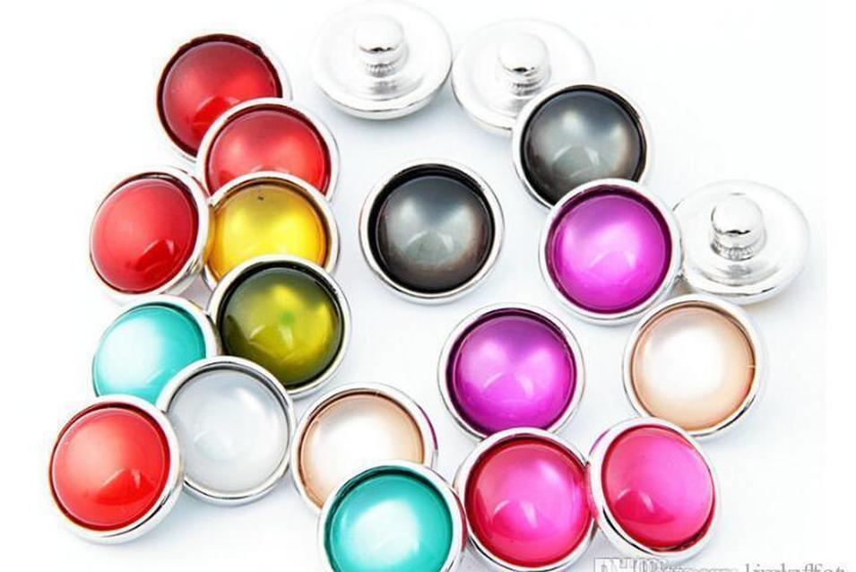 Taste Farbe Tropfen Charm Knopf-Augen Noosa Armband-Halskette New Copper Mix Hot GLASDiy 50pcs / lot passende Snap Katze Schmuck 12mm Verkauf qylPY