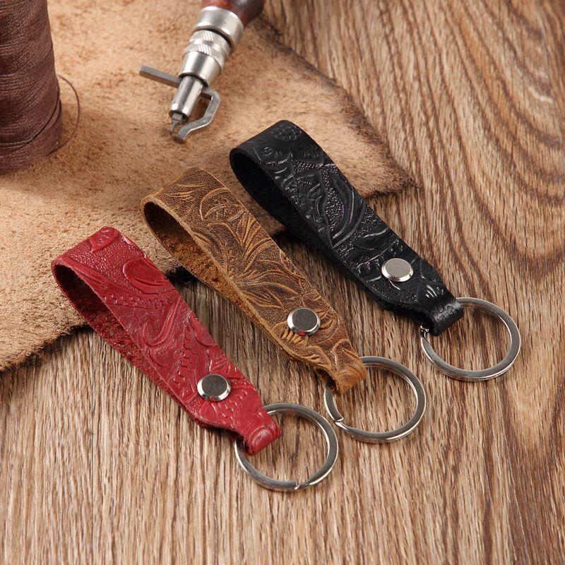 منحوتة سيارة جلد المفاتيح قلادة للجنسين الإبداعية سلسلة مفتاح مجوهرات هدية صغيرة الاكسسوارات بالجملة