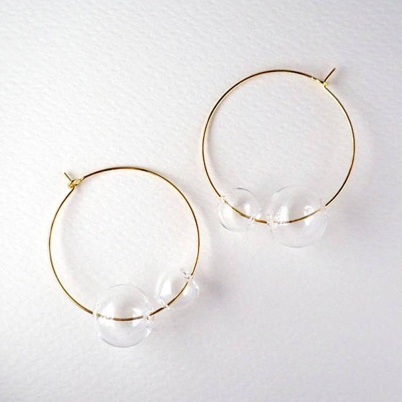 Hoop Guggie Artsy Simple Style Gold Tone Большой стеклянный пузырьки для женщин 2021 Очаровательные ясные двойные шарики девушки