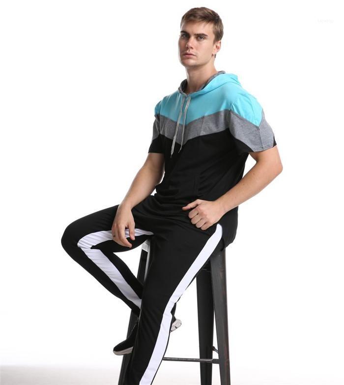 El contraste de color camisetas el verano del diseñador de la manga corta con capucha neck camiseta varones sueltos ropa deportiva para hombre con paneles