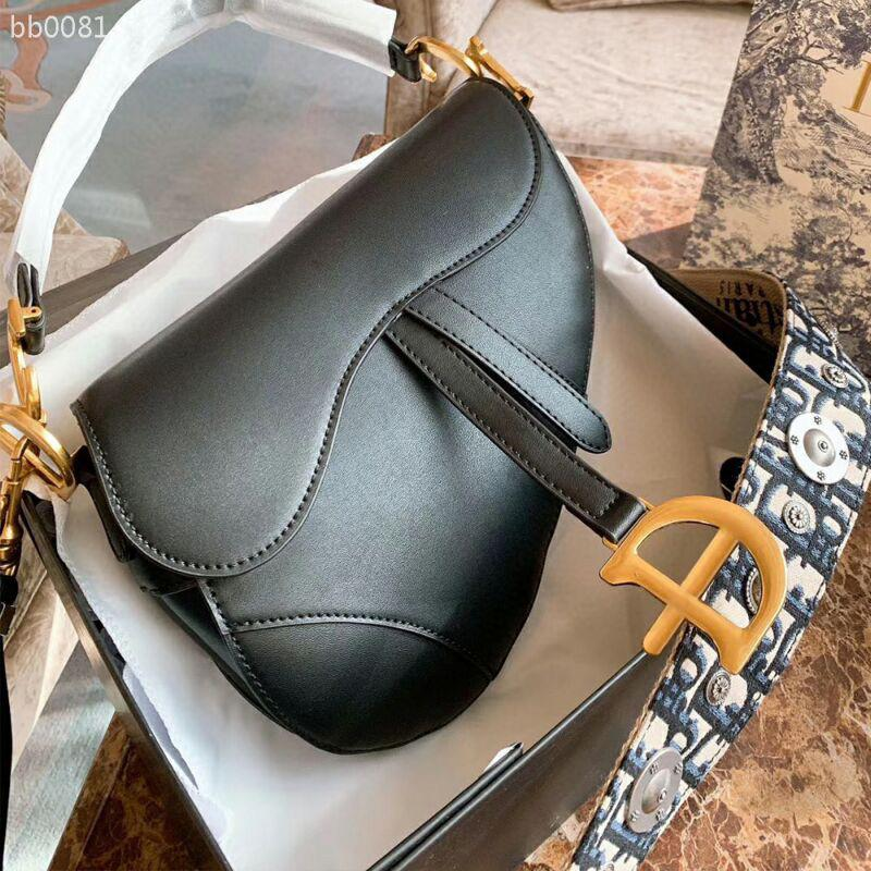 Moda europeus e americanos Saddle Bag Retro Fivela Crossbody portátil Checker saco preto tamanho grande com o ombro Cor Correia Bolsas Type5