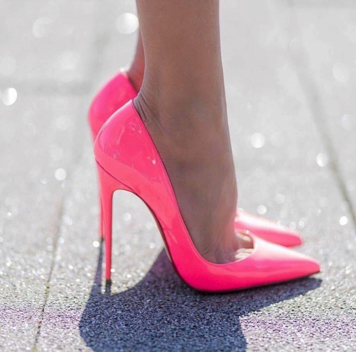 Art und Weise Frauen rote untere Absatzschuhe schwarz flacher Mund feine Ferse spitze Zehe Frauen Hochzeit klassische Stiletto Pumpe herrliche Farben