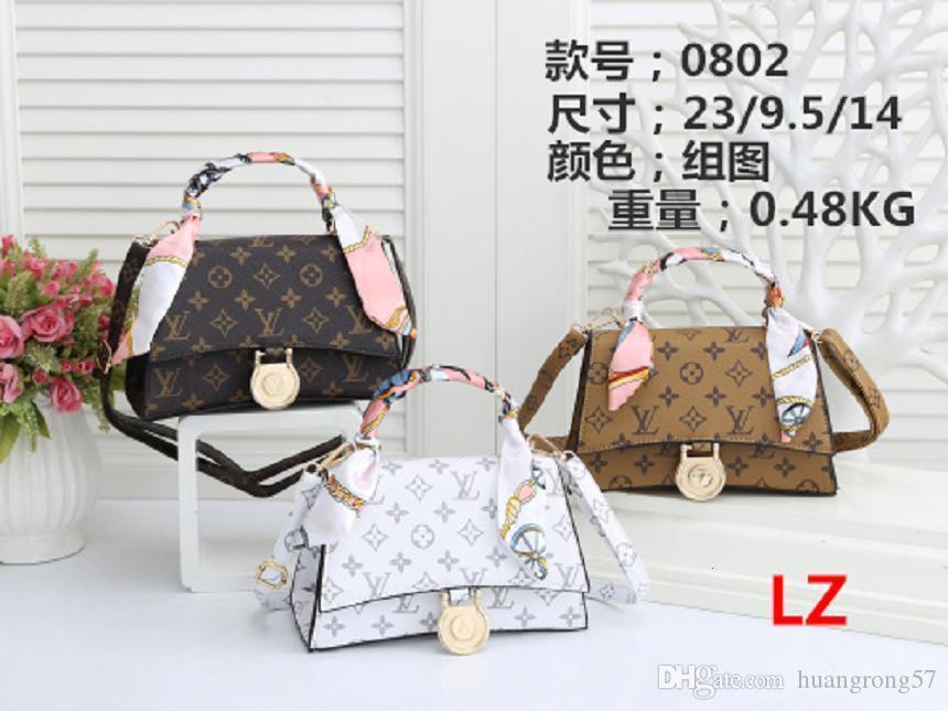 2020 Hot vente de haute qualité Les dernières hommes et les femmes sac à bandoulière Messenger sac à bandoulière porte-monnaie portable sac à dos sans frais de port avec v020er