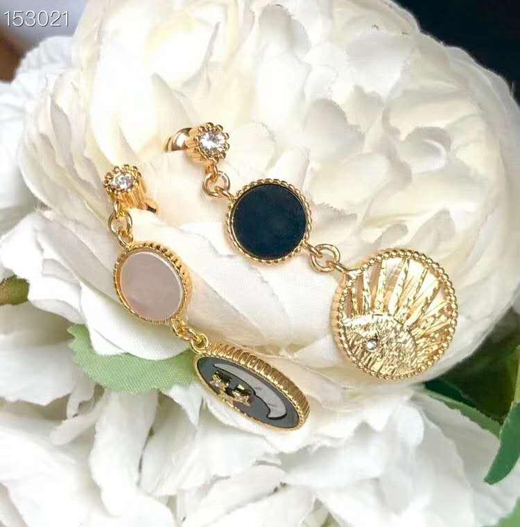 orecchini di rame placcato in oro giallo pietra CZ superiore della luna della stella per le donne gioielli nuovo modo di arrivo di lusso Lune Clou d oreille